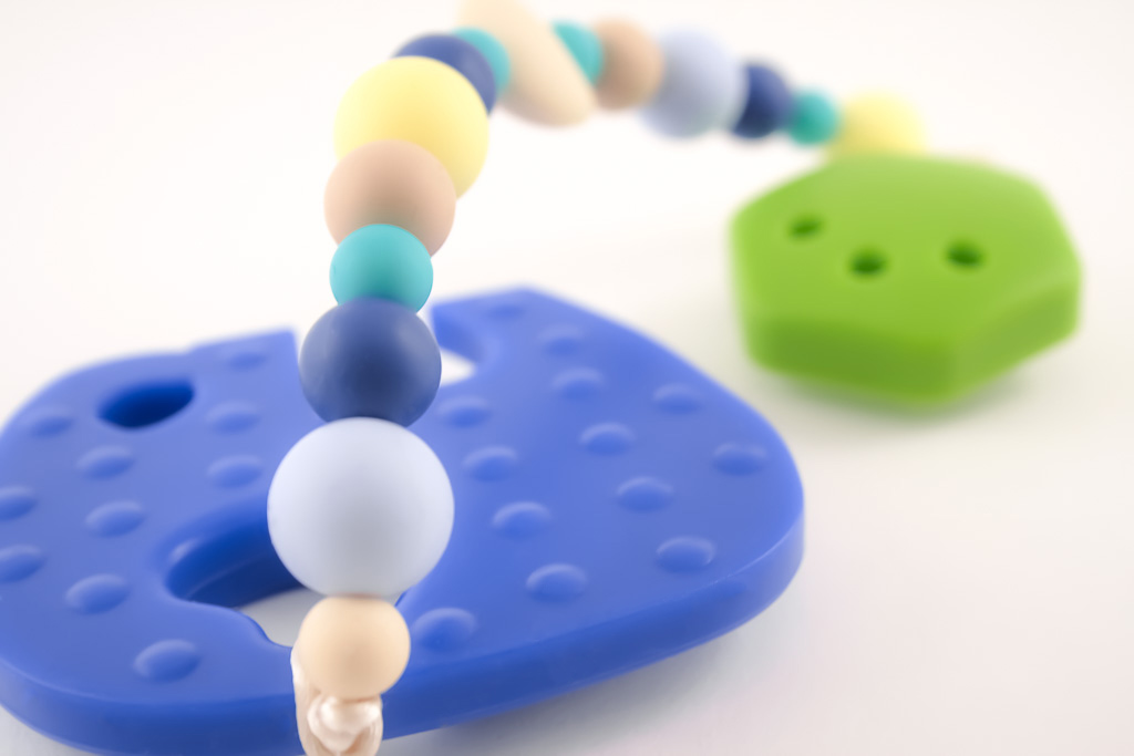 elephant-baby-toy-w-pushchair-hook-1024-6213